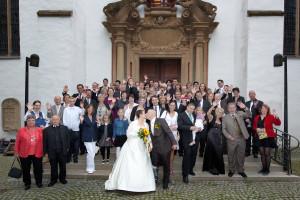 gruppe vor der kirche